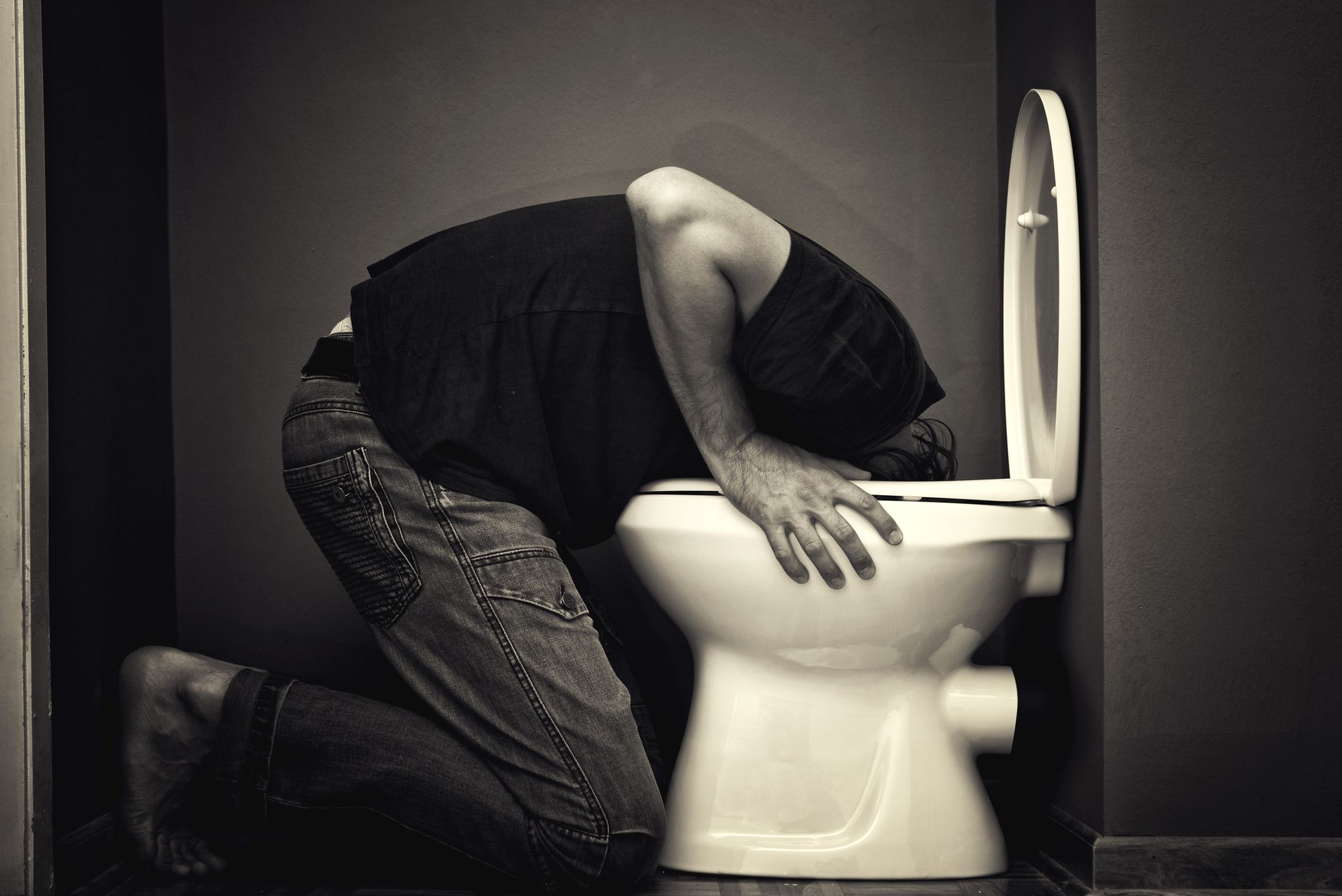 How to avoid vomiting when you are drunk