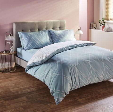 Aldi launches range of stylish bedlinen