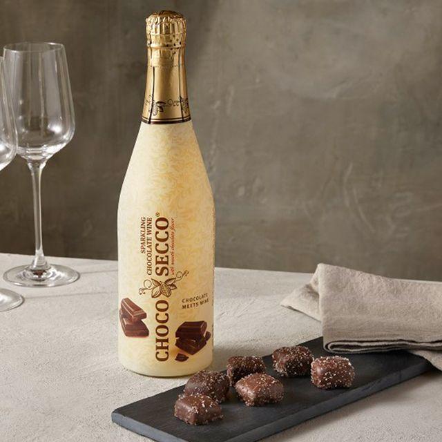 aldi chocosecco sparkling chocolate wine