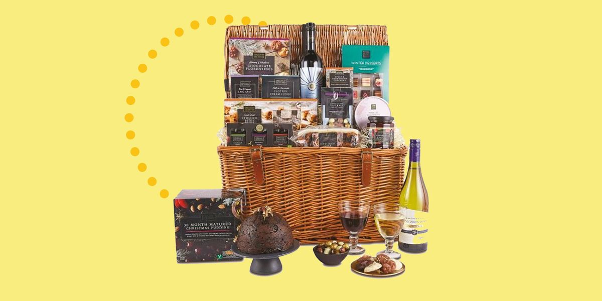 Aldi's Christmas Gift Hampers Are Back, And They're Super Fancy