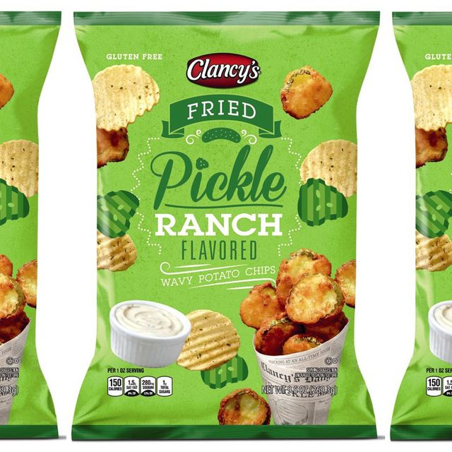 clancy's fried pickle ranch wavy potato chips at aldi
