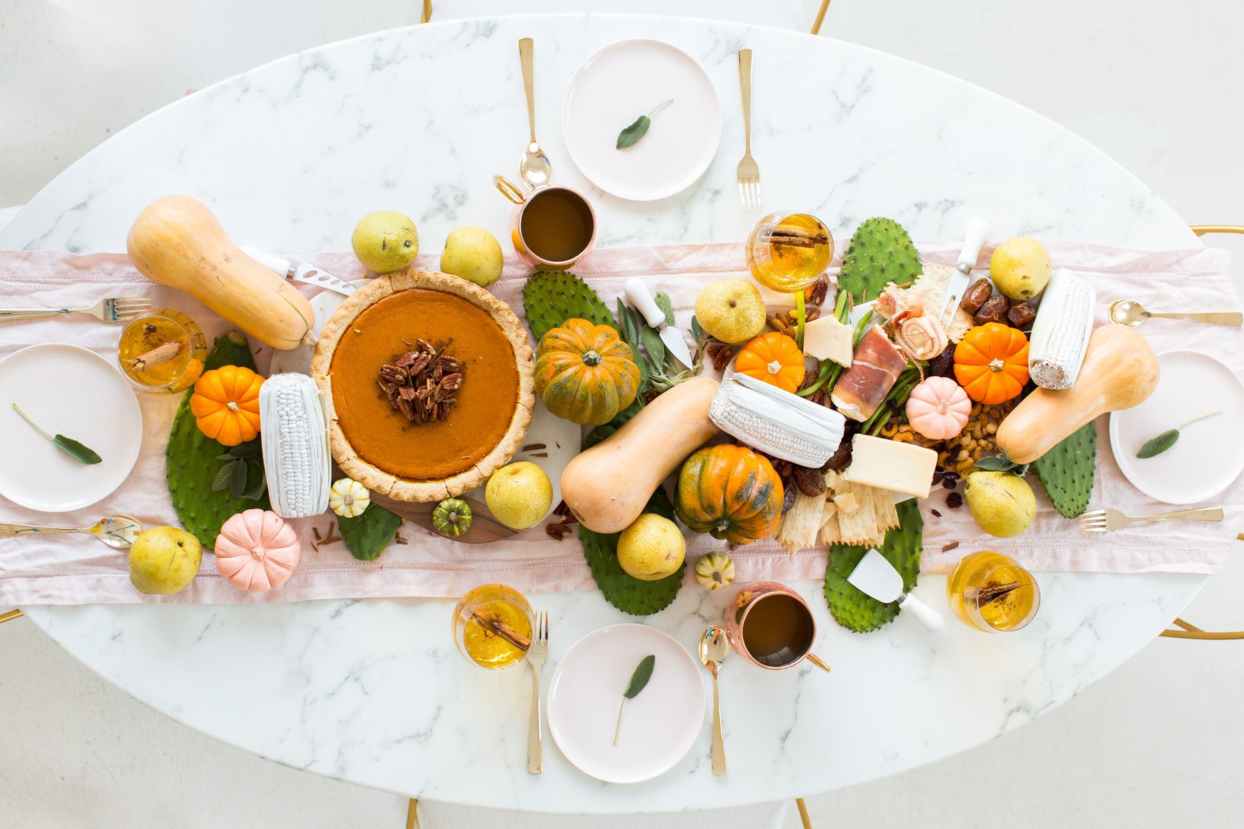 Tablescapes. 15 Stunning Fall Table Decorating Ideas