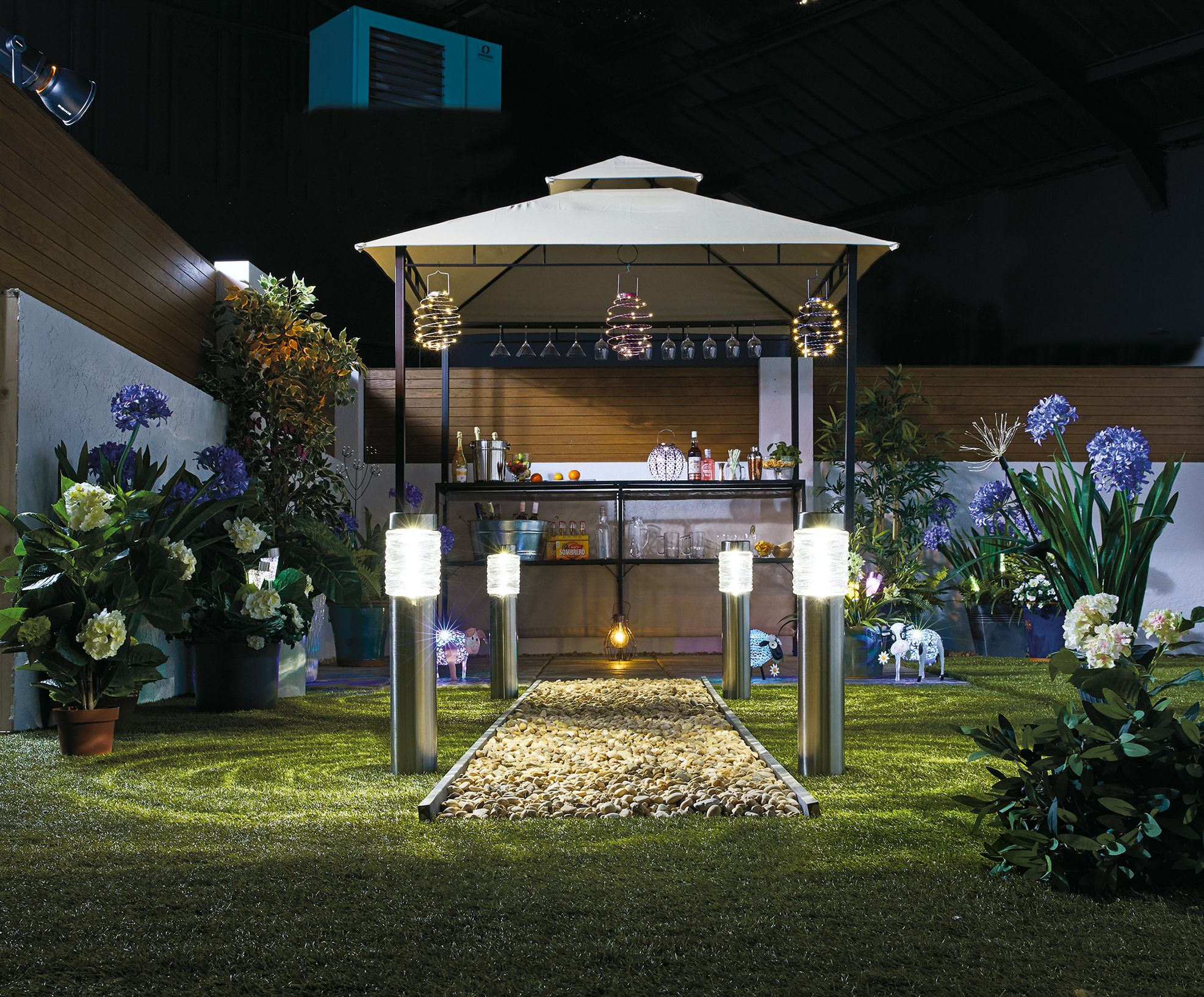 Aldi is selling a gazebo with a built-in bar for £150