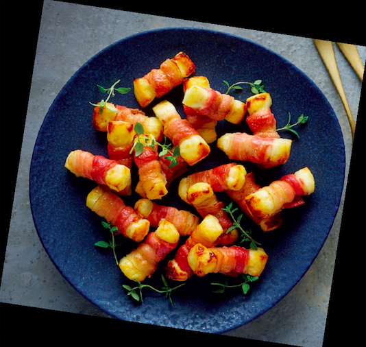 Don't Freak Out But Aldi Is Selling Halloumi Wrapped In Bacon