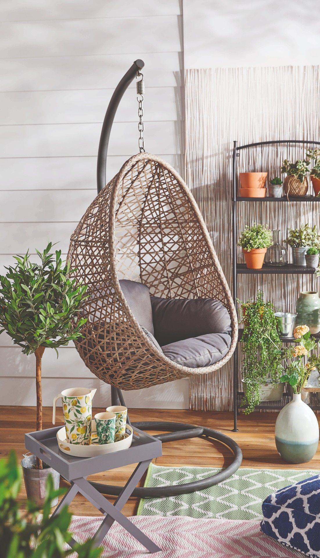 Aldi S Bestselling Hanging Egg Chair Is Back This Weekend