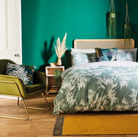 aldi launches stylish bedroom range as part of weekly special buys