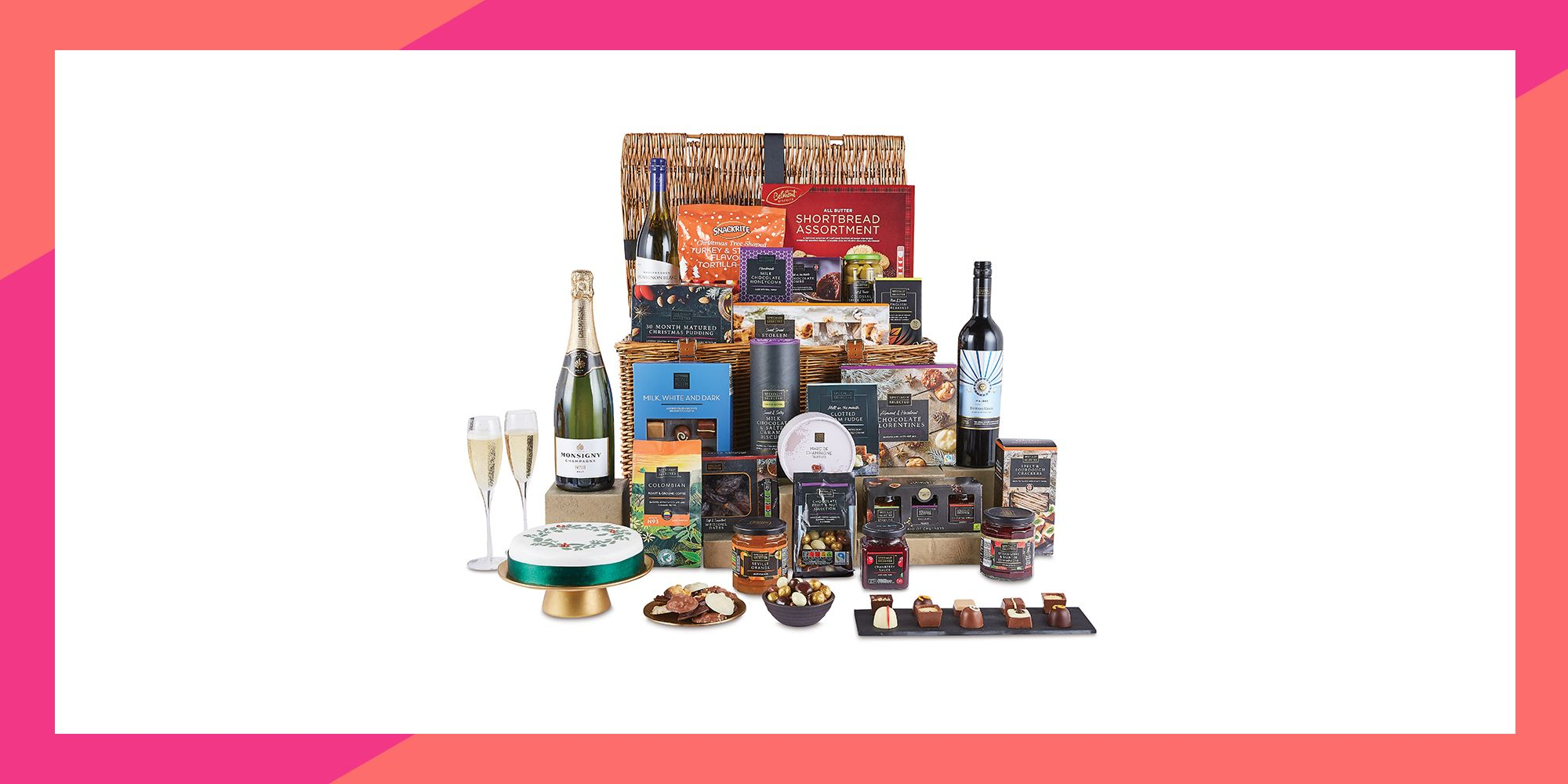 Aldi S Sell Out Luxury Christmas Hampers Are Back Again This Year
