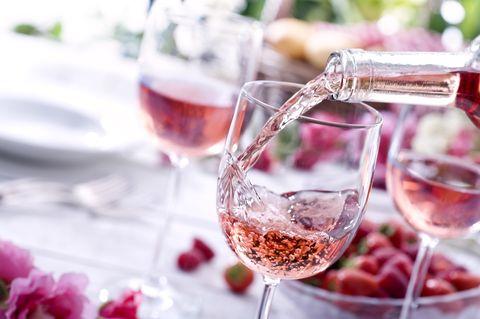 aldi magnum rose wine
