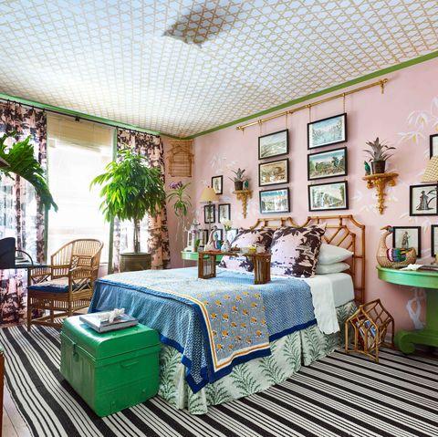 Room, Furniture, Interior design, Green, Building, Property, Blue, Ceiling, House, Real estate,