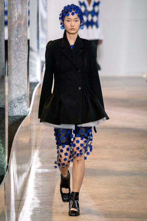 Fashion, Fashion model, Fashion show, Runway, Clothing, Street fashion, Outerwear, Electric blue, Haute couture, Pattern,