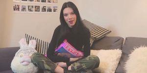 La hija de Terelu Campos se estrena en Mtmad con un vlogg en el que contará en primera persona todos los detalles de su vida. Y comienza fuerte: desvelando por qué ha dejado la carrera de diseño de moda.
