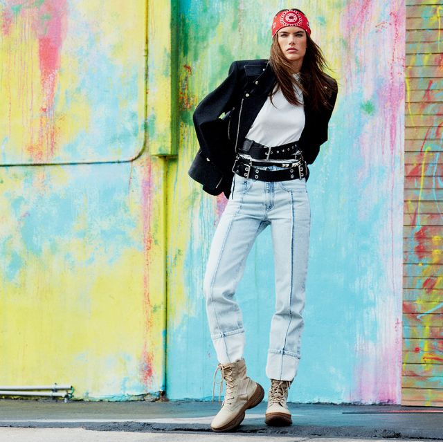 huge selection of 7d19b 5ab66 Alessandra Ambrosio street style: giubbotto di pelle, jeans ...
