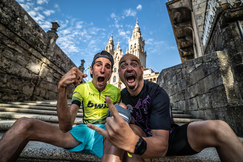 Alex Roca y Valentí Sanjuan completan en tandem el Camino de Santiago en cinco días