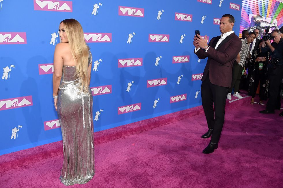 Alex Rodriguez Filming Jennifer Lopez at the MTV VMAs Is Relationship Goals