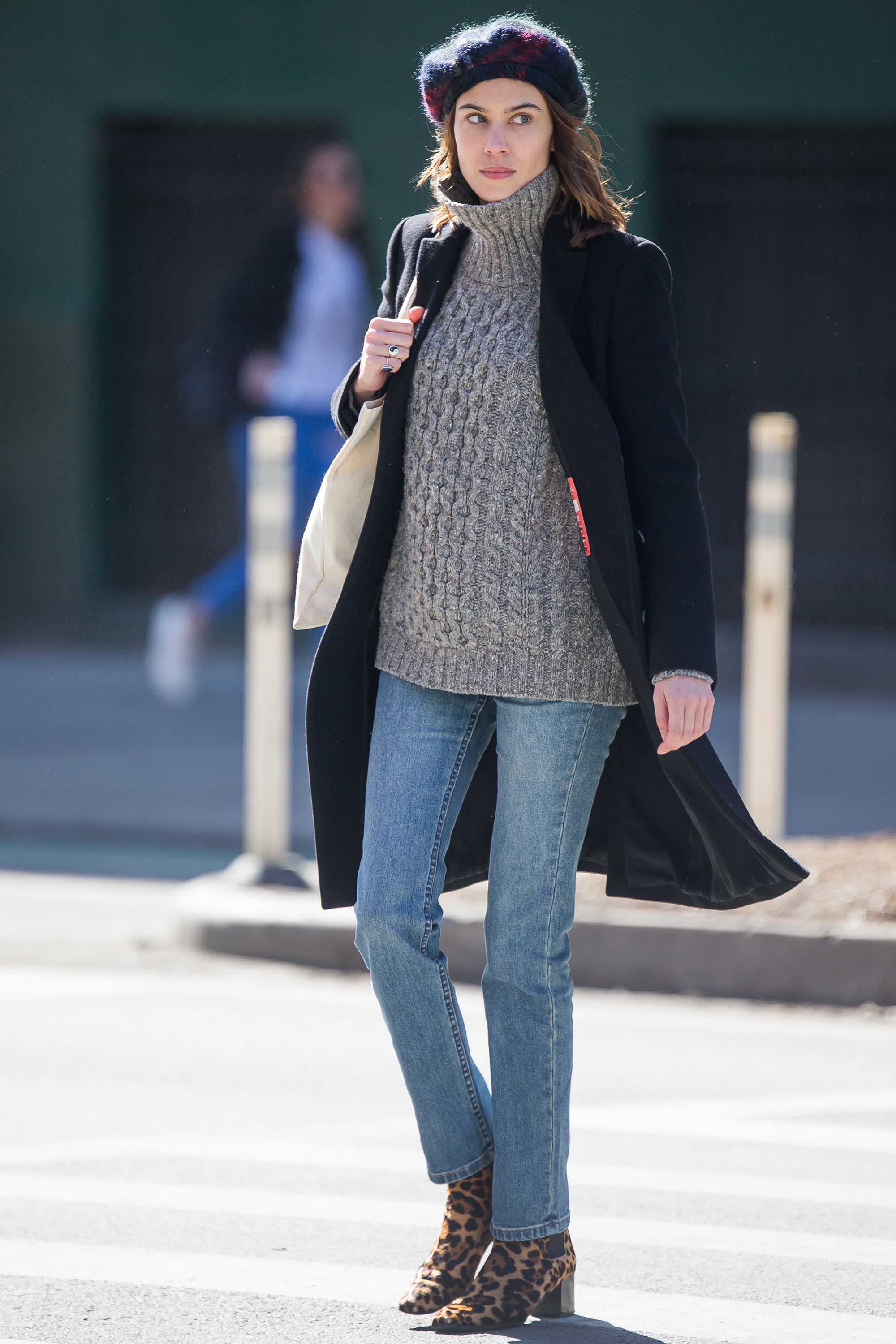 23fa02b14a9 Winter style inspiration from the A-list – Celebrity style inspiration in  winter