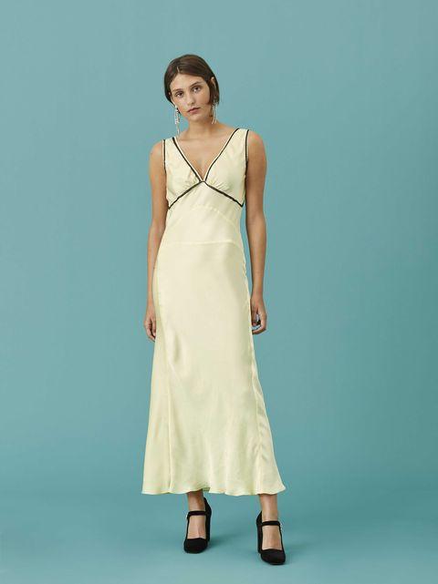 Clothing, Fashion model, Dress, Day dress, Formal wear, Fashion, Photo shoot, Gown, Bridal party dress, Neck,