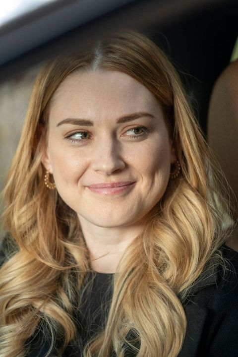 this is us    a hell of a week part two episode 412    pictured alexandra breckenridge as sophie    photo by ron batzdorffnbcnbcu photo bank via getty images