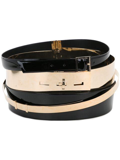 Belt, Belt buckle, Buckle, Fashion accessory, Beige, Leather, Bracelet, Strap,