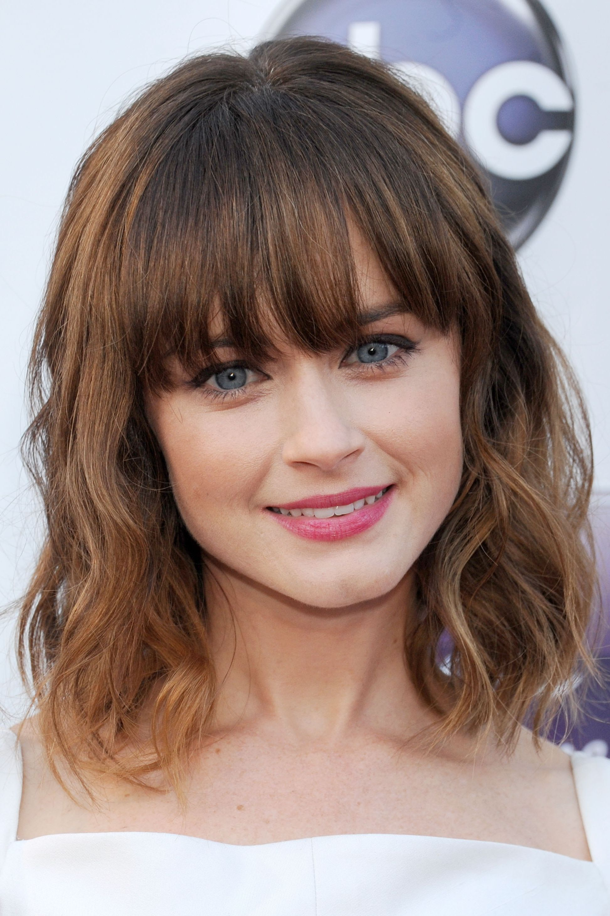 how to cut hair in different styles at home 35 best hairstyles with bangs photos of 5807