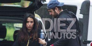Álex Lequio tiene nueva novia, Carolina Monje, con quien se ha escapado a Barcelona. Ana Obregón ya conoce a la joven.