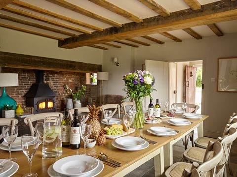 Property, Room, Dining room, Interior design, Building, Brunch, Table, Ceiling, House, Furniture,