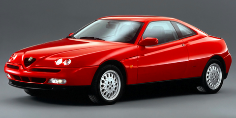 Land vehicle, Vehicle, Car, Sports car, Coupé, Model car, Alfa romeo gtv and spider, Alfa romeo, Personal luxury car, Executive car,