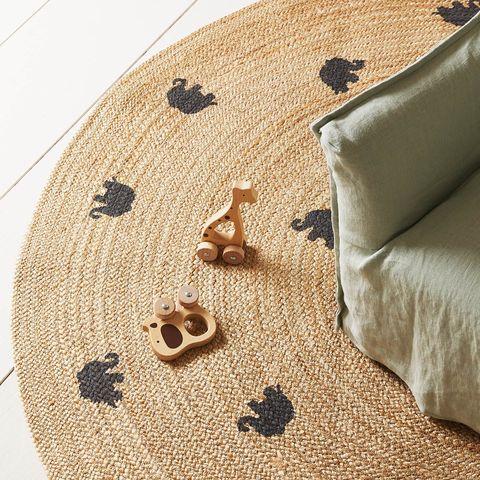 Alfombra de yute con dibujos de elefantes
