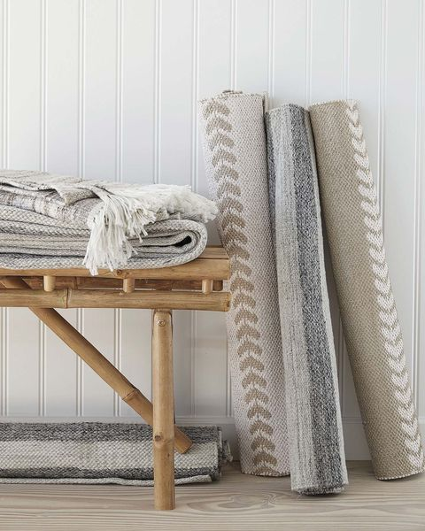 alfombras enrolladas