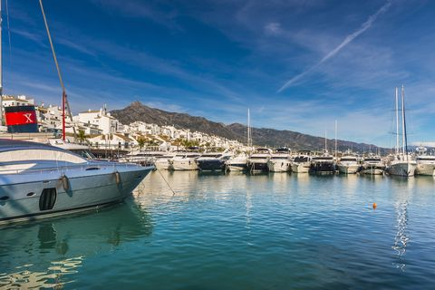 Marina, Sky, Water transportation, Harbor, Boat, Water, Port, Vehicle, Dock, Yacht,