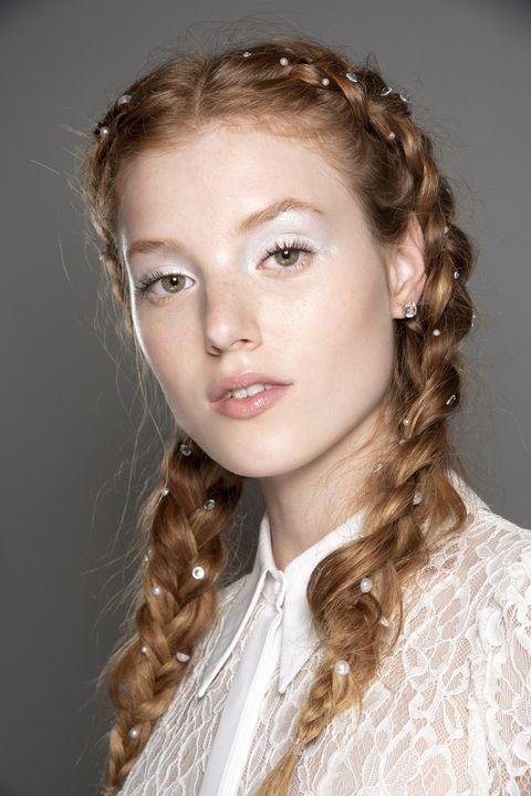 Hair, Hairstyle, Face, Eyebrow, Lip, Chin, Long hair, Beauty, Ringlet, Blond,