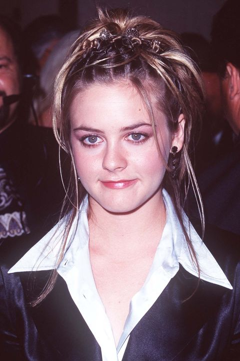 13 Trendy 90s Hairstyles That You Definitely Rocked Back