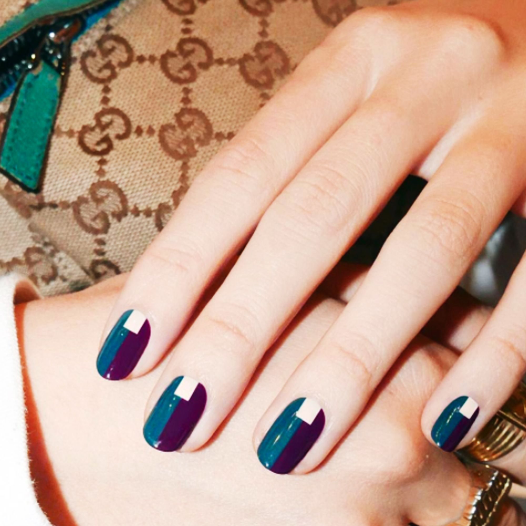 18 Cute Christmas Nail Art Designs Best Holiday Manicures For