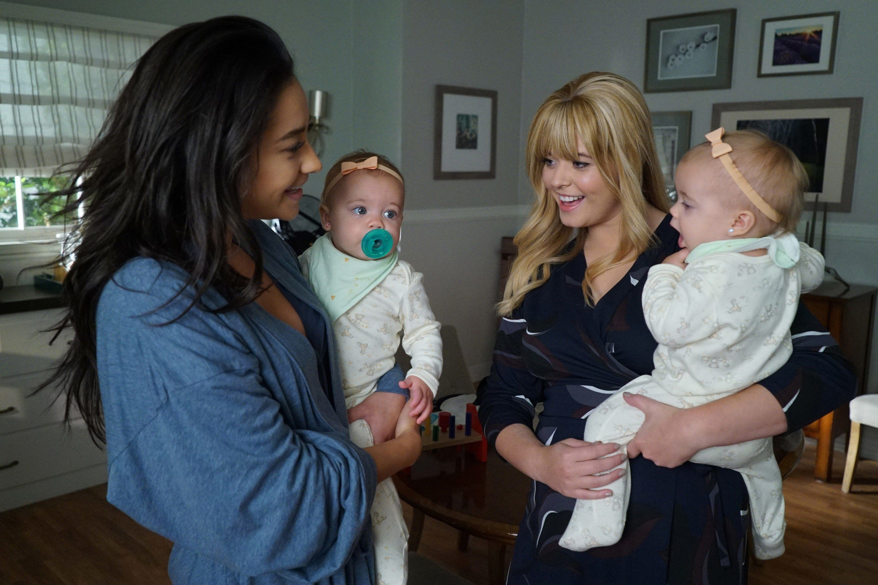 """Sasha Pieterse Gives Emison the Ending they Deserve after """"PLL: The Perfectionists"""" Cancellation"""