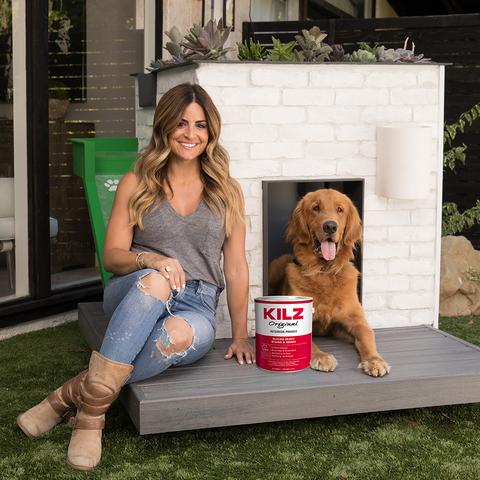 HGTV Alison Victoria Builds Luxury Dog Treats for ASPCA