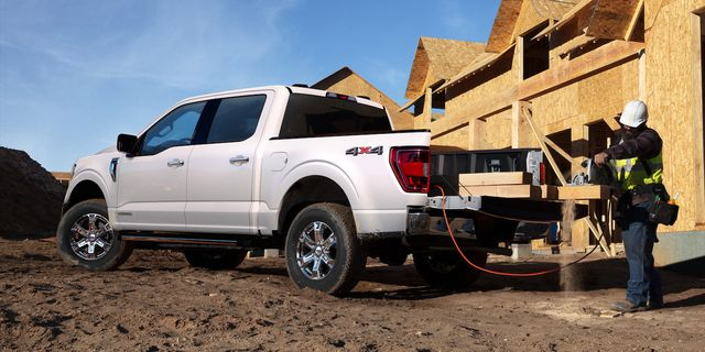 available 72 kilowatt pro power onboard™ features four 120v 20a outlets and one nema l14 30r 240v 30a the all new f 150 features more exportable power than any light duty full size pickup, giving you the ability to use your truck as a mobile generator it is available with three levels of electrical output depending on engine choice