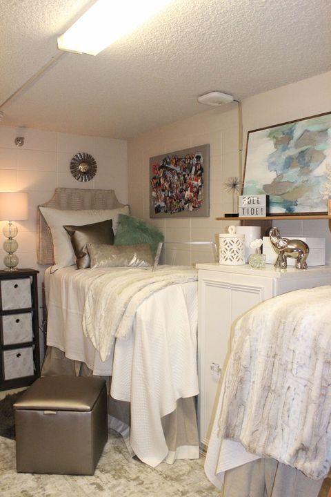 15 Cute Dorm Rooms for 2019 – Best College Dorm Decor and Ideas