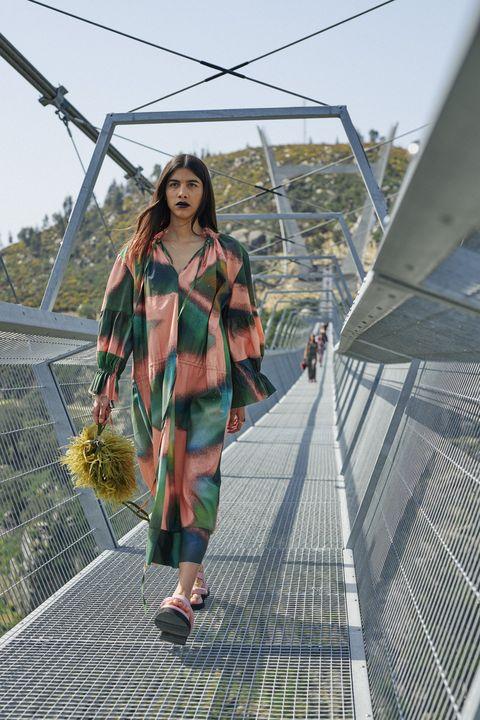 vestiti moda autunno inverno 2021 2022 tendenza anni 70