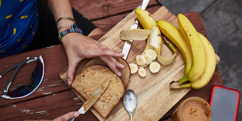 almond vs peanut butter