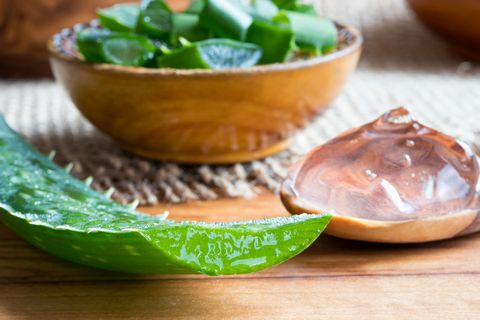 8 Reasons Dermatologists Want You to Rub Aloe Vera Gel on Your Face