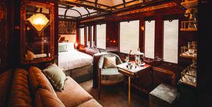 Alojamiento original un tren de lujo con interiores diseñados con madera con todo lujo de detalles de belmond y wimberly