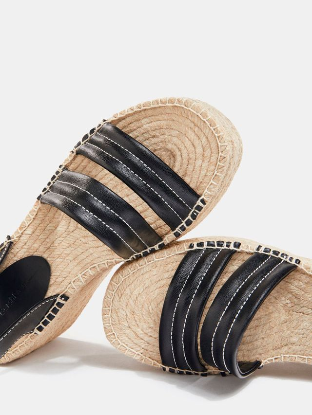 alpargatas sandalia con cuña y plataforma de bershka