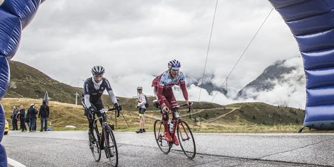 Cycling, Cycle sport, Road cycling, Bicycle, Road bicycle racing, Vehicle, Bicycle racing, Bicycle helmet, Recreation, Cyclo-cross bicycle,
