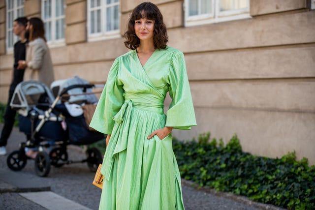vestido verde tendencia, vestidos zara, vestidos verano, vestidos elegantes, vestido verde con cinturon