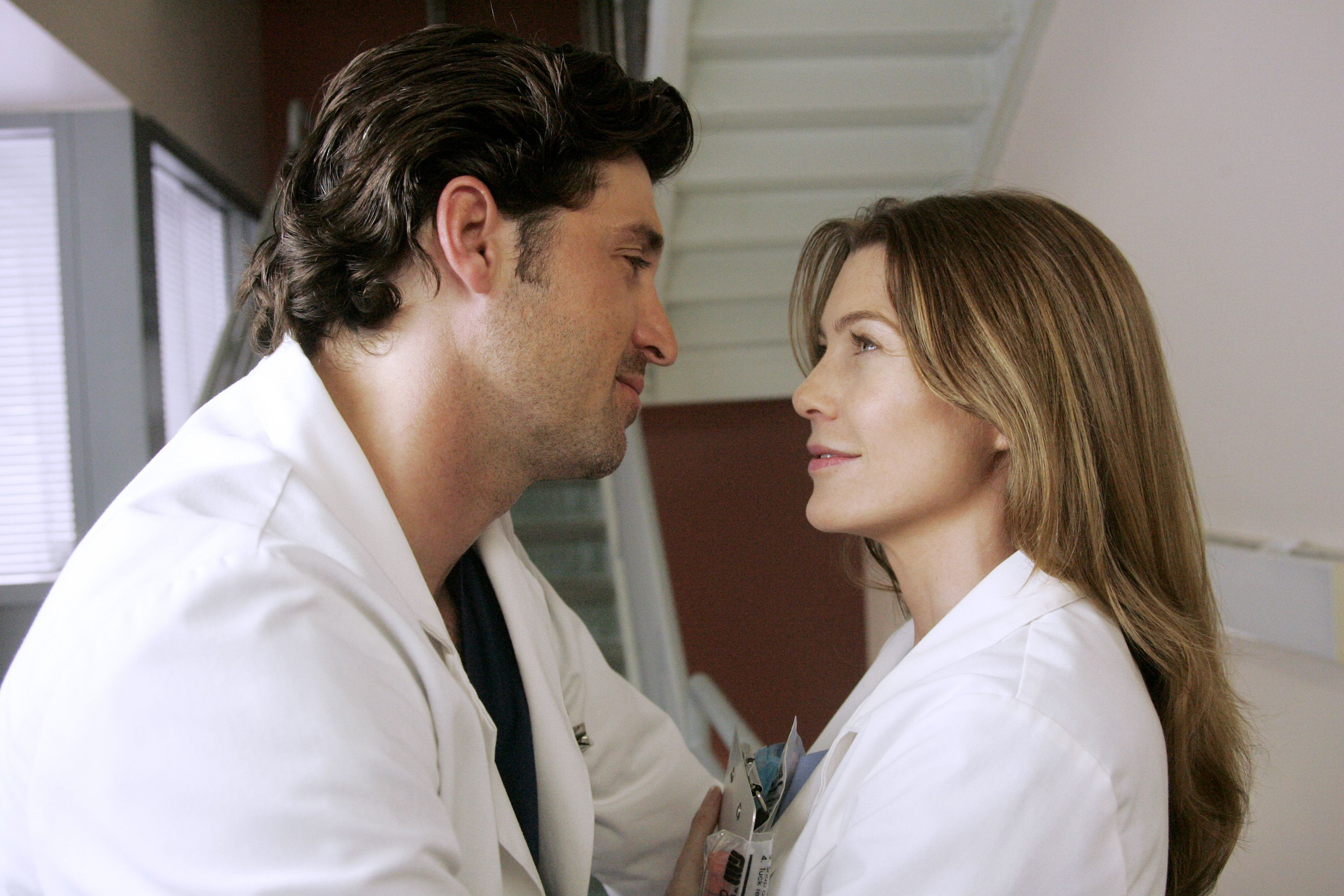 Grey's Anatomy' Star Ellen Pompeo Reveals Her Problems With the Show's Most  Famous Scene