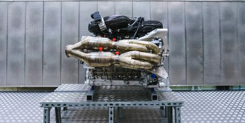 Aston Martin Valkyrie Engine 1000 Hp Cosworth V12 With