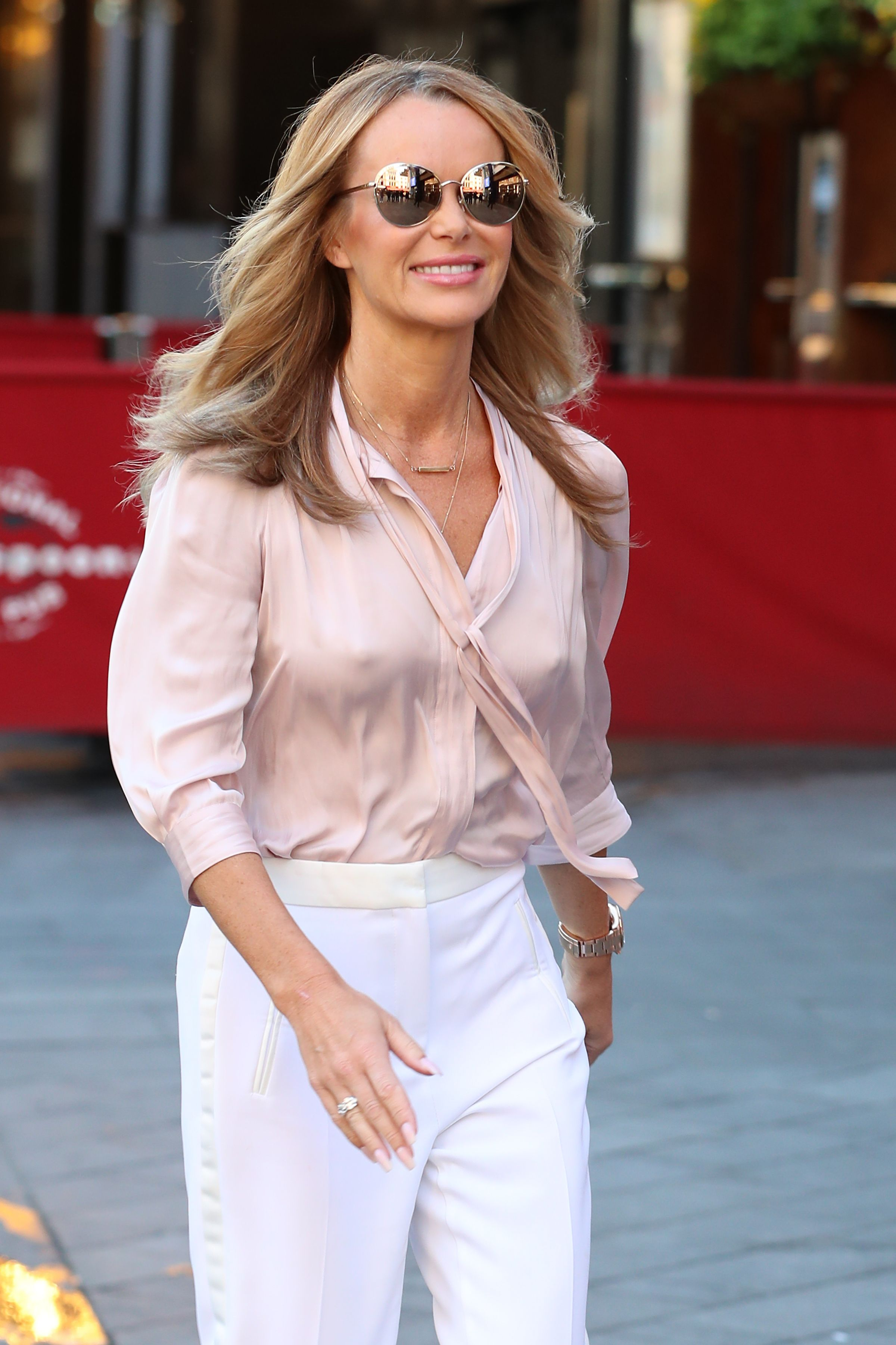 Amanda Holden Sex Video amanda holden record deal: celebrity friends congratulate