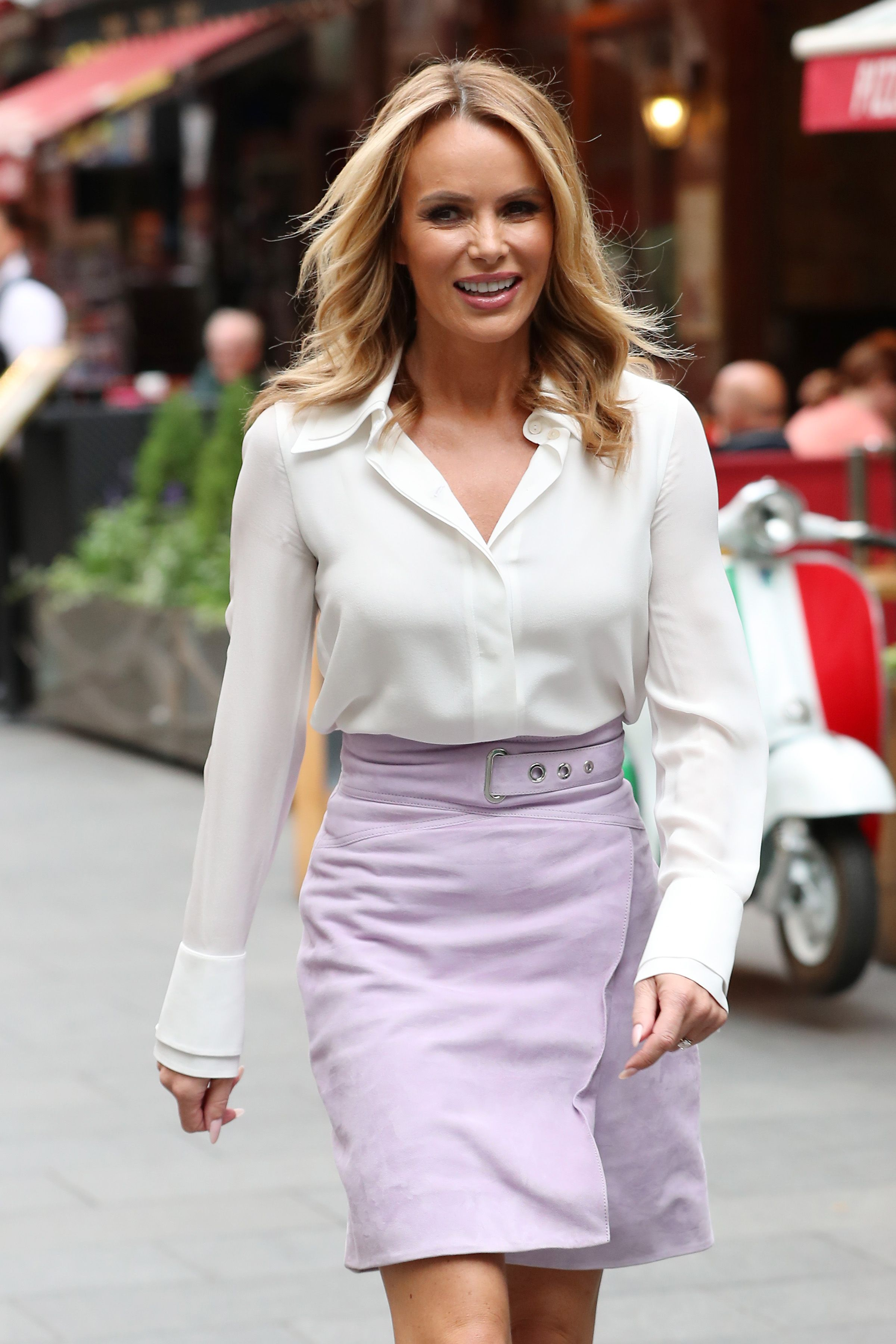 Amanda Holden wears the perfect printed maxi skirt from Topshop