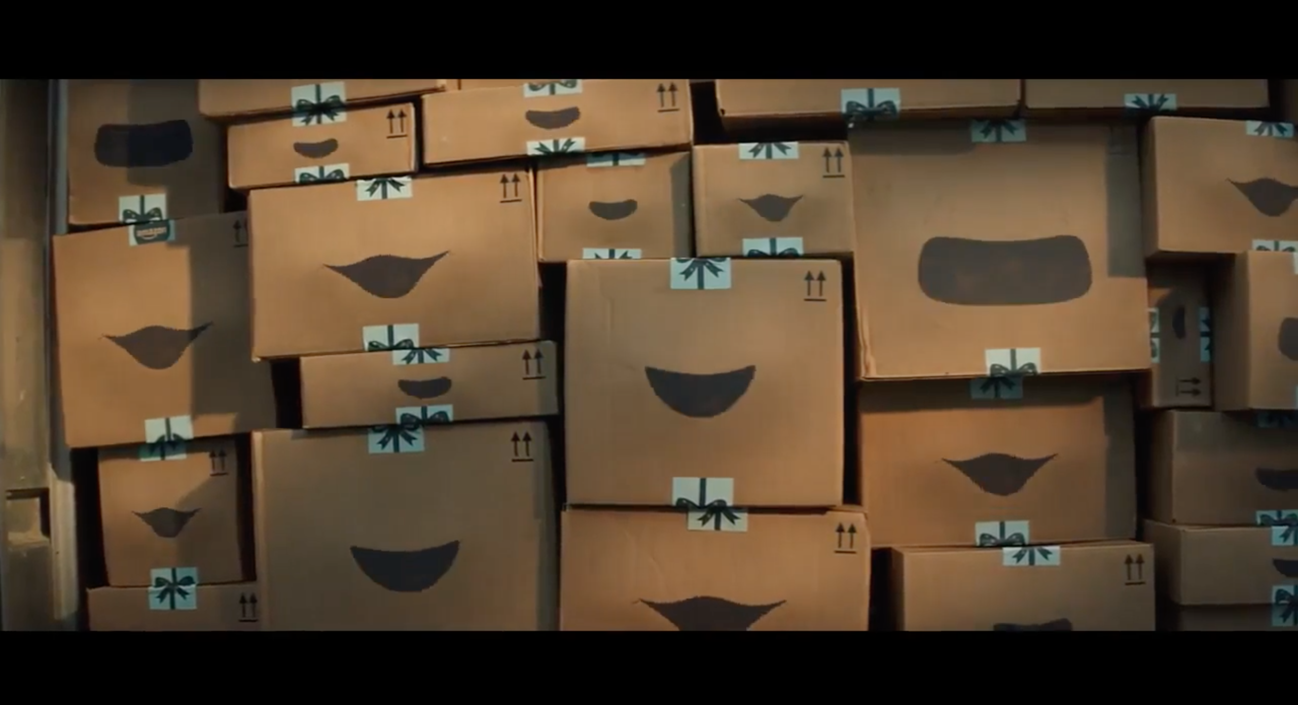amazon christmas advert 2018 singing boxes return to spread festive joy - Amazon Christmas