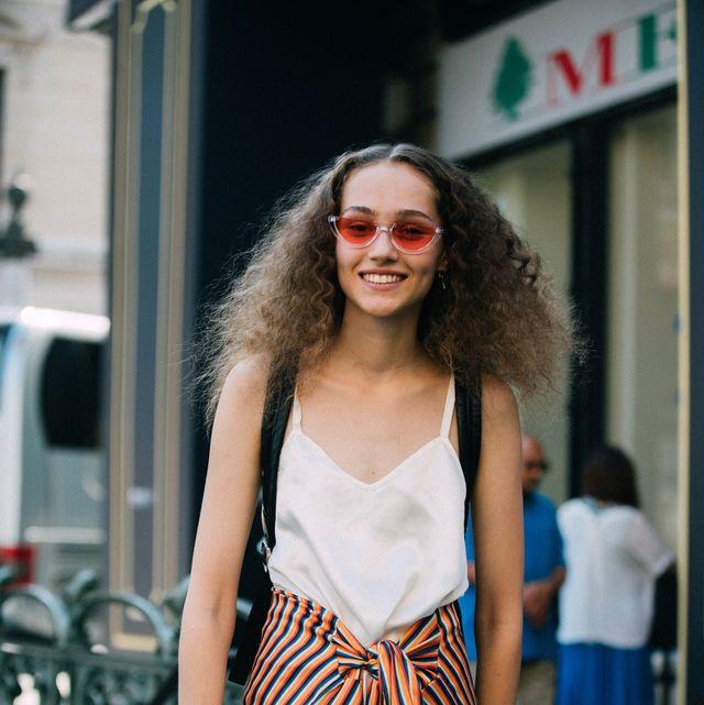 Clothing, Fashion model, White, Street fashion, Waist, Fashion, Shoulder, Eyewear, Orange, Sunglasses,