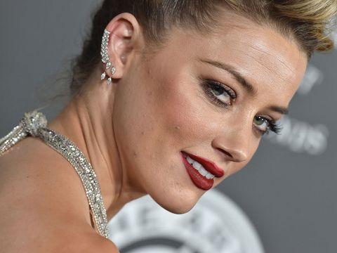 Hair, Ear, Face, Eyebrow, Lip, Nose, Skin, Hairstyle, Beauty, Chin,